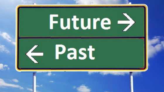 Future Past sign, leading to blog post Leading in 2021: Looking-back or Leaning-forward?